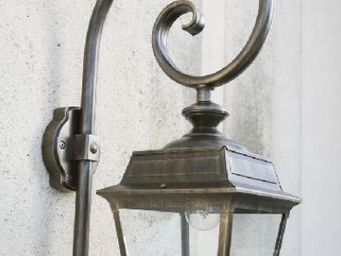 Epi Luminaires -  - Outdoor Wall Lamp