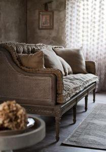 BLANC MARICLO -  - Square Cushion
