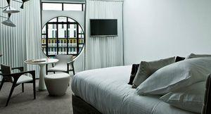 Agence Nuel / Ocre Bleu - piscine molitor - Ideas: Hotel Rooms