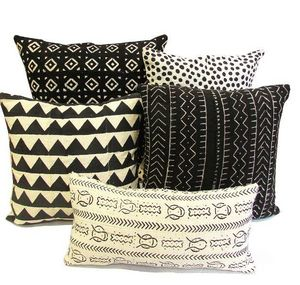 DANYÉ - black&white  - Rectangular Cushion