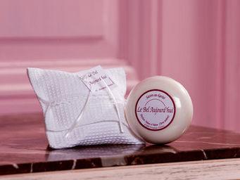 LE BEL AUJOURD'HUI - set d invite - Bathroom Soap
