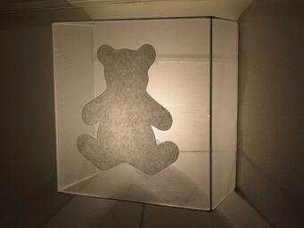 Voila Ma Maison - applique organdi ours - Children's Wall Lamp