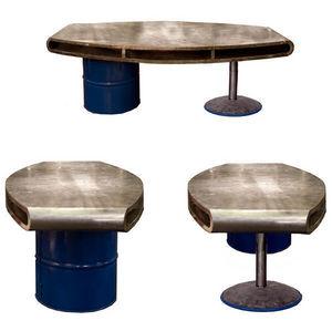 PO ! PARIS - bureau xhoni, acier et bidon de récup. avec porte - Operative Desk