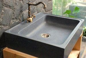 LIVING'ROC - evier à poser en pierre lagos      e - Belfast Sink