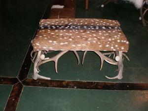 Astas Patagonicas - con piel de ciervo axis - Bench Seat
