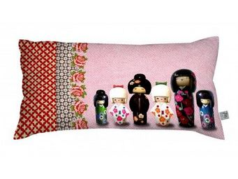 LAIssEZ LUCIE FAIRE... - laissez lucie faire... - coussin kokettes - laisse - Children's Pillow