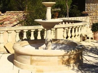 Marbrerie Rouillon - vence - Outdoor Fountain