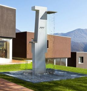 Olikid - totem - Outdoor Fountain