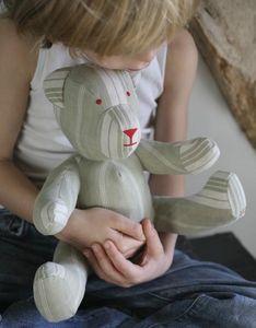 LES TOILES BLANCHES - l'ours en toile à matelas - Rag Teddy Bear