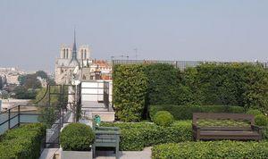 MATHIEU EYMIN -  - Decked Terrace