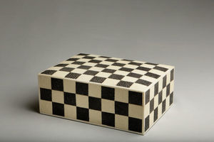 De Nacre Et D'orient - damier - Decorated Box