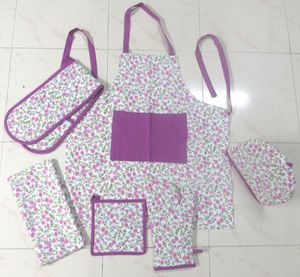 ITI  - Indian Textile Innovation - small flowers - d.pink - Kitchen Apron