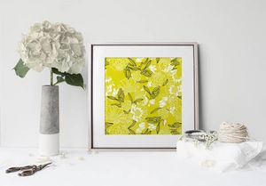 la Magie dans l'Image - print art pivoines moutarde - Poster