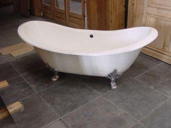 Antiek-Bouw -  - Freestanding Bathtub With Feet