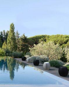 AUCOUTURIER - alice - Garden Stool