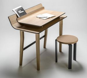 LUCIE KOLDOVA - sheets - Desk