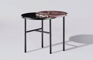 SANNA VÖLKER - closer - Nest Of Tables