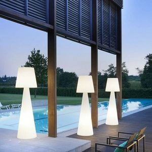 SLIDE Design -  - Garden Lamp