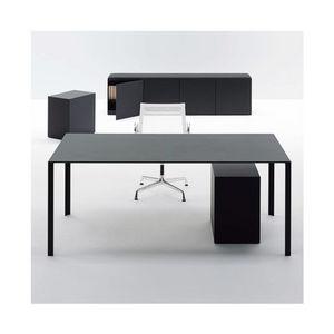 Unifor -  - Executive Desk