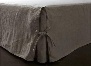 LA MALLE DES ANGES -  - Bedskirt