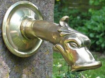 Replicata - brunnenauslauf drache - Garden Tap
