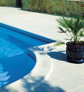 Pierra - rustique bullée - Pool Border Tile