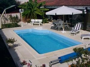 Ventes Piscines.com -  - Polyester Pool