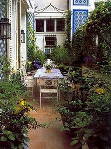 OLIVIER RIOLS CAPSEL -  - Decked Terrace