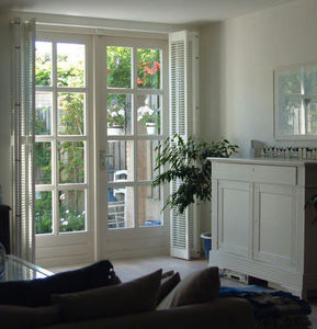 Jasno Shutters - shutters persiennes ouverts - Interior Blind
