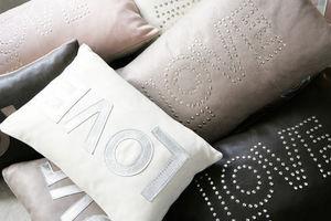 Maison De Vacances - coussins love - Rectangular Cushion