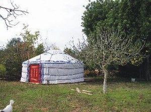 YURTAS LESLIE -  - Yurt