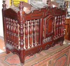 Antiquites Le Vieux Moulin - buffet louis xv arlésien en noyer massif - Provincal Bread Cabinet