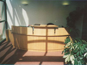 Three Uk -  - Reception Desk