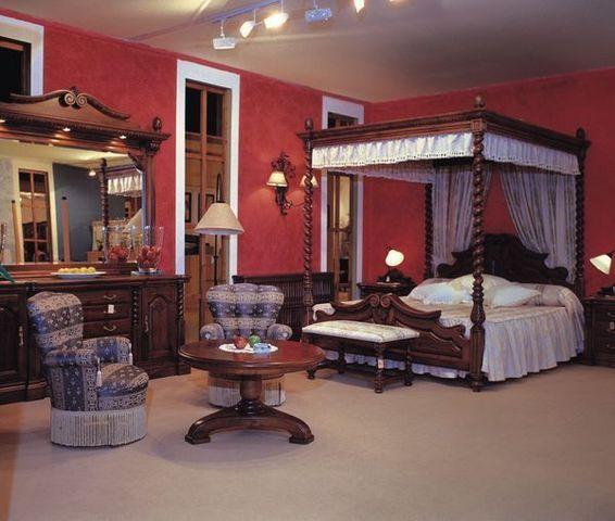 RUARTE - Double canopy bed-RUARTE