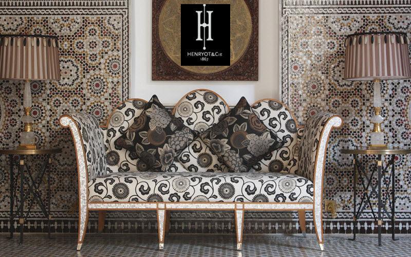 HENRYOT & CIE Gepolsterte Bank Sitzbänke Sitze & Sofas Eingang | Klassisch