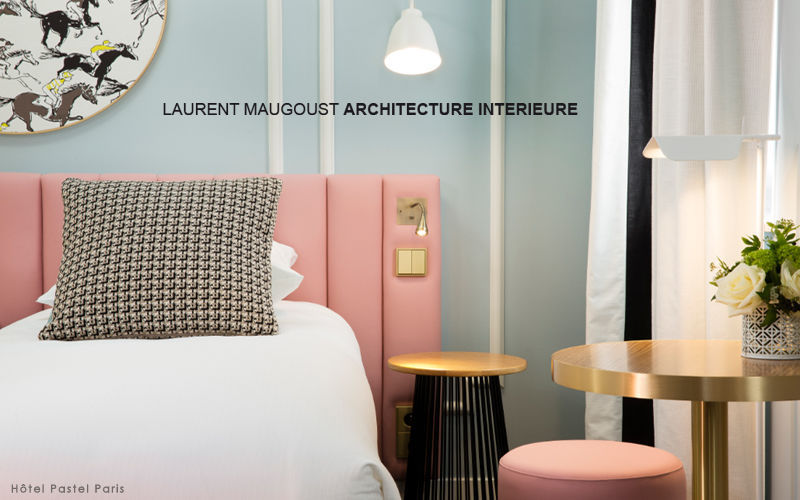 LAURENT MAUGOUST Ideen: Hotelzimmer Schlafzimmer Betten  |