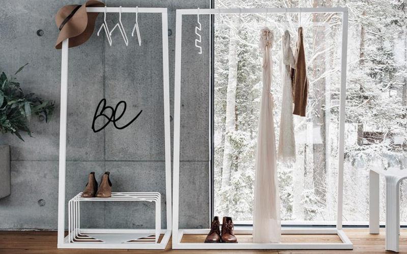 BEDESIGN Garderobeständer Ankleidezimmer Garderobe  |