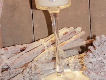 Le Pere Pelletier - photophore verre à pied avec bougie senteur de noë - Windlicht