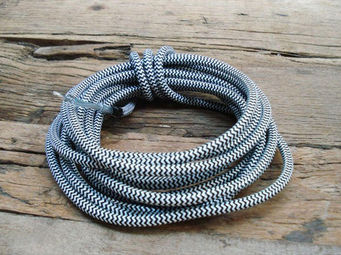 UTTERNORTH - cable textile noir blanc - Stromkabel