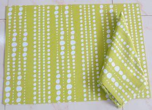 ITI  - Indian Textile Innovation - dot lines - Tischset