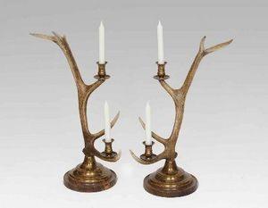 CLOCK HOUSE FURNITURE - candlestick, 2-arm brass - Kerzenständer