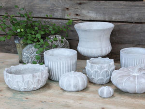 CHIC ANTIQUE - pots et décorations - Gartenschmuck
