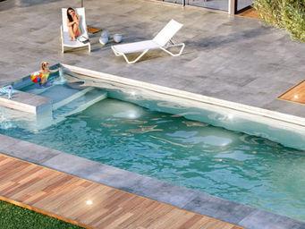 Aquilus Piscines - désirade - Traditioneller Swimmingpool