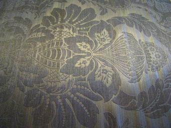 PIETRO SEMINELLI - grand motif relief - Bezugsstoff