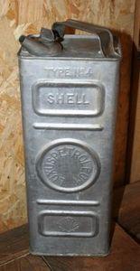 ARCADE DE BROCANTE D ORCY - jerrican shell - Kanister