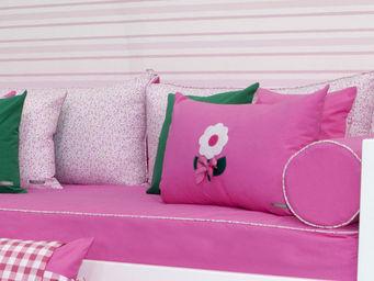 BABYROOM - textil color fresa y verde - Kissen Für Bettkopfende