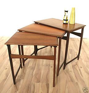 Galerie Atena -  - Tischsatz