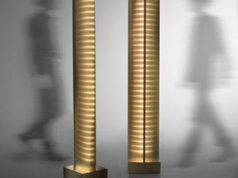 Amado Octavio - colonne lumineuse - Leuchtsäule