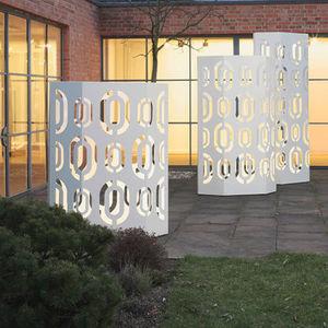 Michael Koenig - wing - Außen Sichtschutzwand