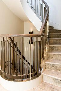 John Desmond -  - Treppengeländer